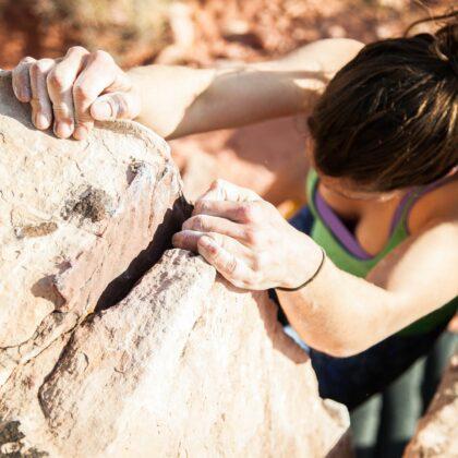 mujer superando reto